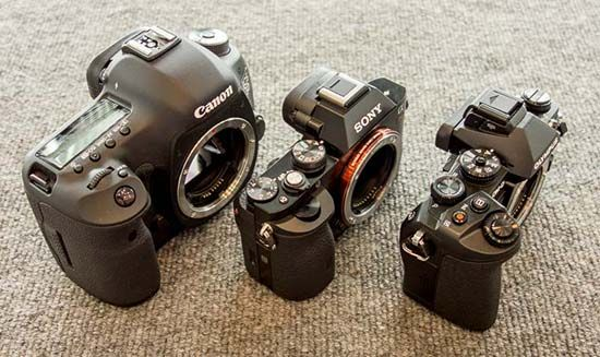 sony_a7_size_comparison-550x327